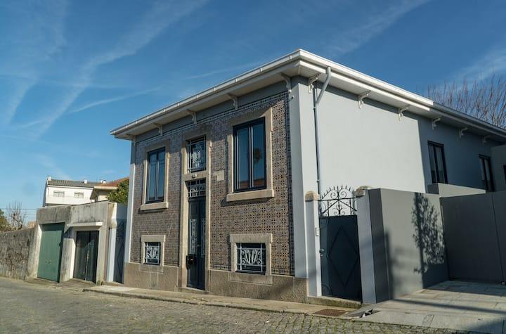 A Outra Casa, a traditional Portuguese house