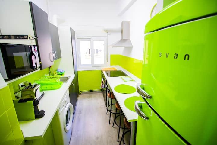 Apartamento céntrico, con Wifi y garaje opcional.
