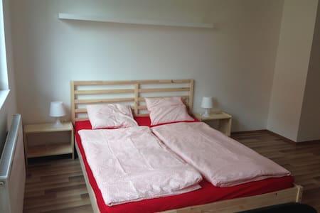 New apartment in Prague - 10 minutes to Metro - Prag
