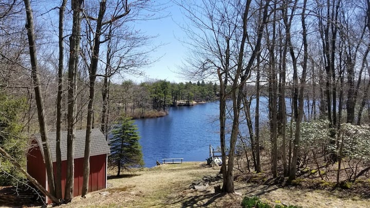 Lakefront Long Pond home