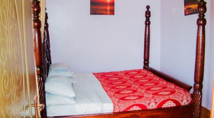 Hotel Barbados International, Kampala