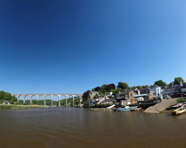 River side cottage in convenient ambient location. - Calstock - Hus