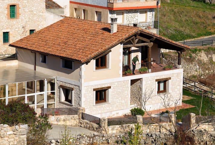 House Fompedraza, Ribera del Duero 8km to Peñafiel - Fompedraza - Casa