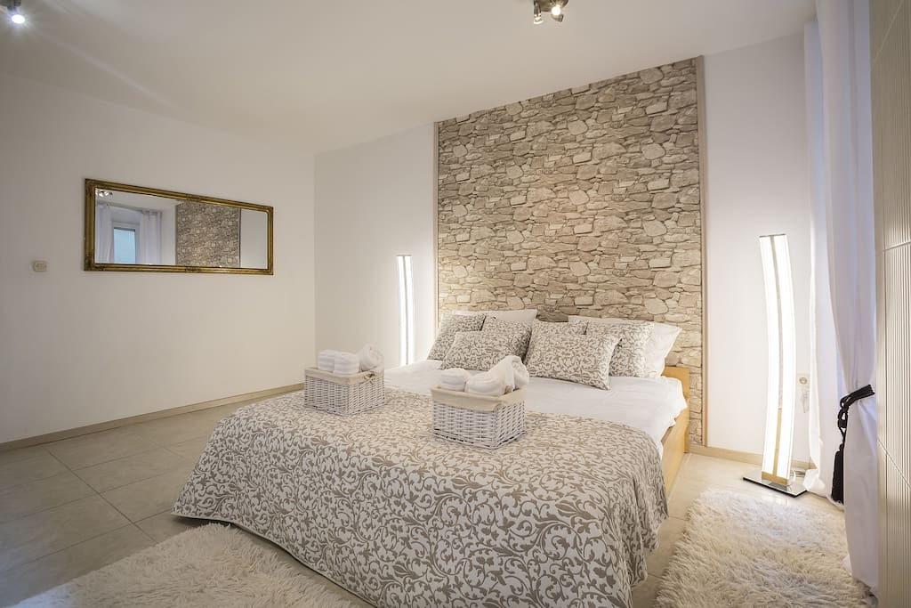 Spacious Bedroom with Double Bed