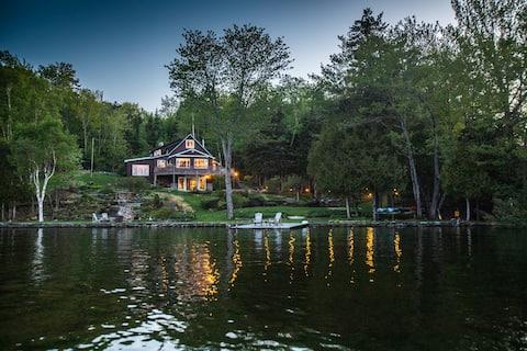 Sunrise Cove Lodge- Newly Remodeled Boats Provided