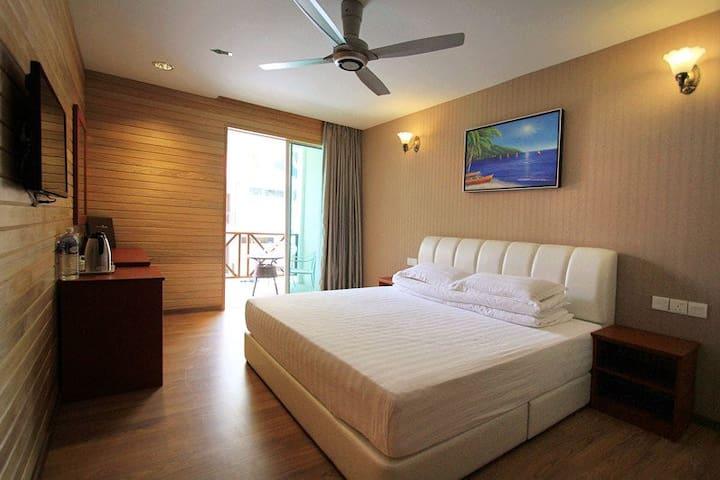 Alamanda Room