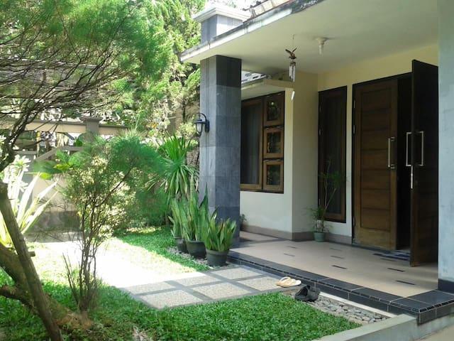 Guest House Borobudur Lativi