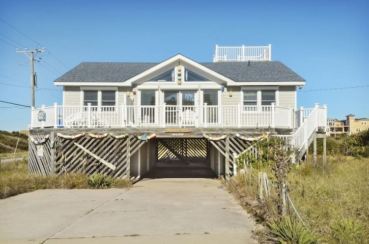 5130 OH Buoy! * 1 Min Walk to Beach * Hot Tub * Pool & Foosball Tables