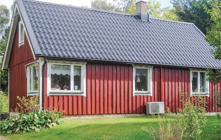 Beautiful home in Munka-Ljungby with 2 Bedrooms