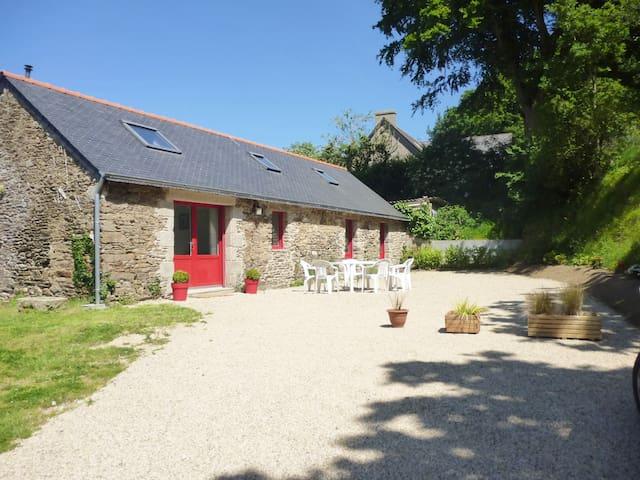 La Grange de Saint-Tugdual - Plouzévédé - Alojamiento vacacional