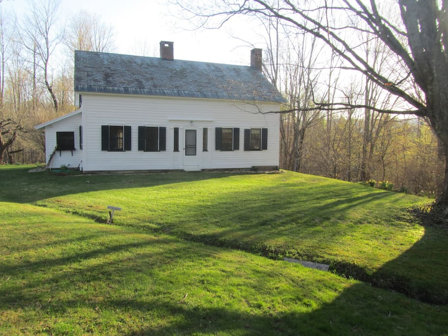 Quintessential vermont country home on 140 acres houses for Vermont country homes