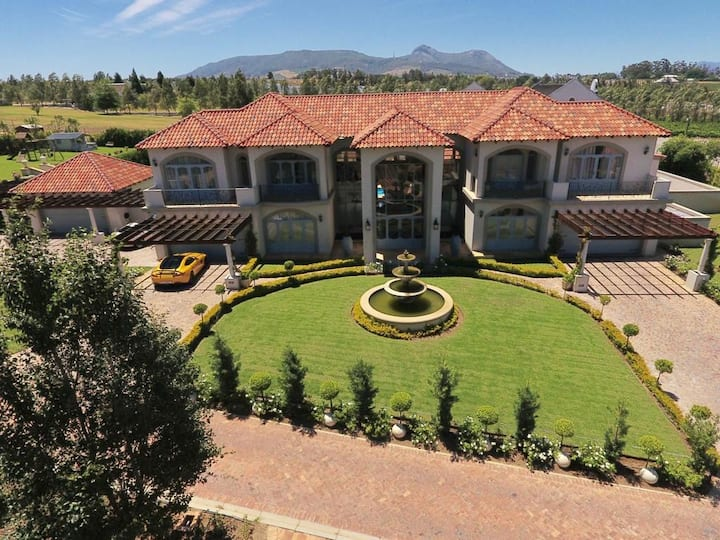Luxury Escape in the Winelands