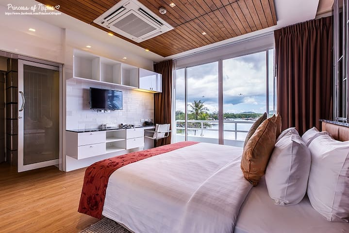 213 Sqm 2BR Penthouse in Boat Lagoon Phuket
