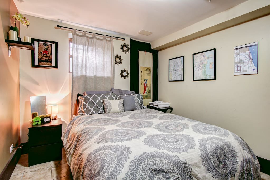Your Private queen bedroom, plenty of space!