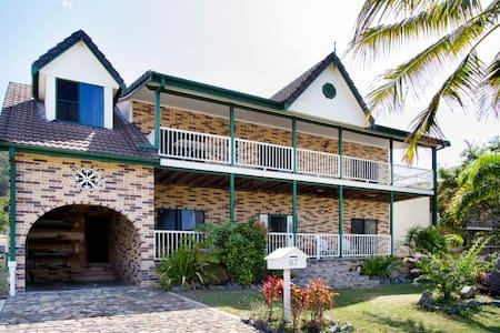 Paddy's Beach House