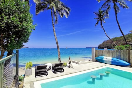 OnTheBeach studio in Private Villa w/Infinity Pool