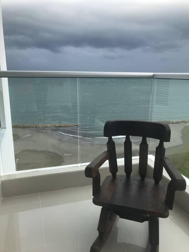 Apartamento con vista al mar , en exclusivo sector