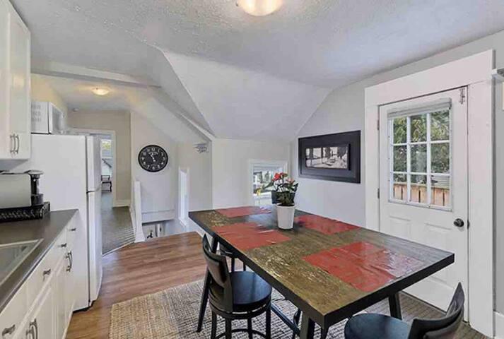 Exclusive Upper Heritage Suite Century Home