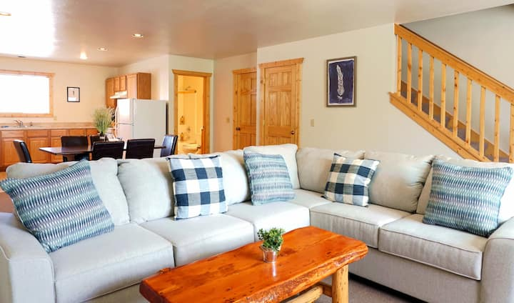 The Aspen - Standard Three Bedroom Condo