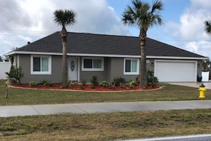 Terrific beach home with pool on the strip!