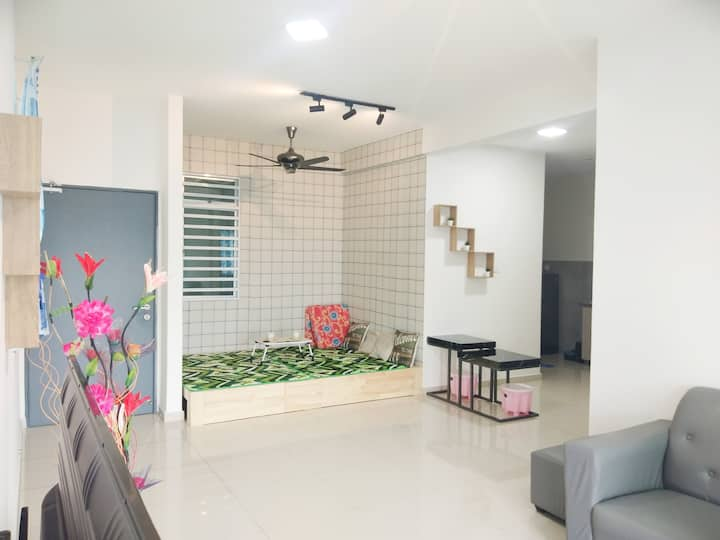 Cozy Home Stay(NEW)(Suit for Family) (Ipoh Centre)