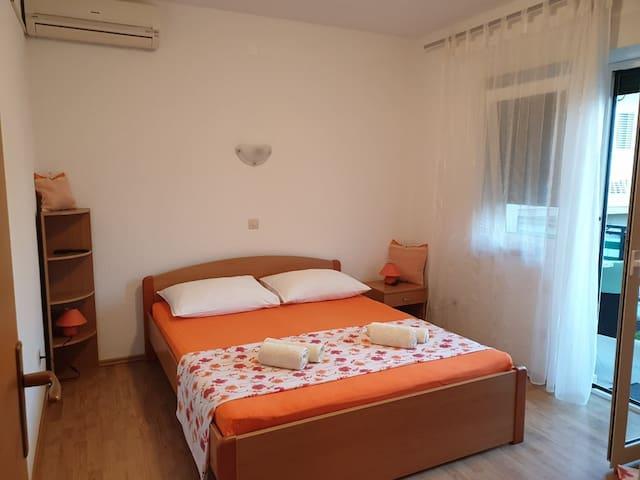 Apartments Tamburovic App5 ( 2 or 2+1)