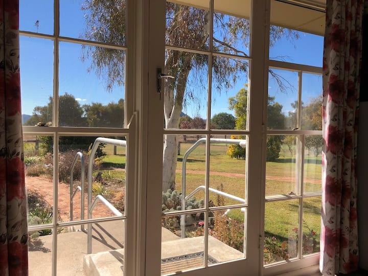 Wallinga Studio Cottage Farmstay