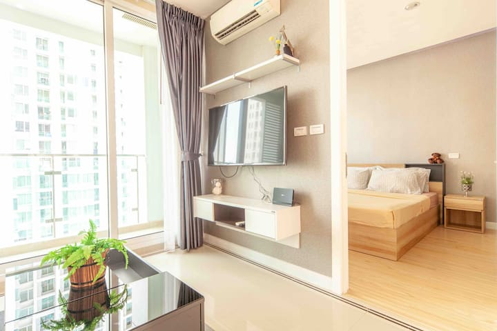 SPACIOUS 1 BED/HIGHT FLOOR/ POOL&GYM/CITY CENTER