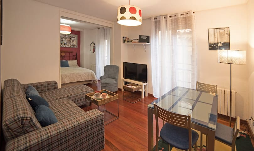 Lovely apartment in Cimadevilla