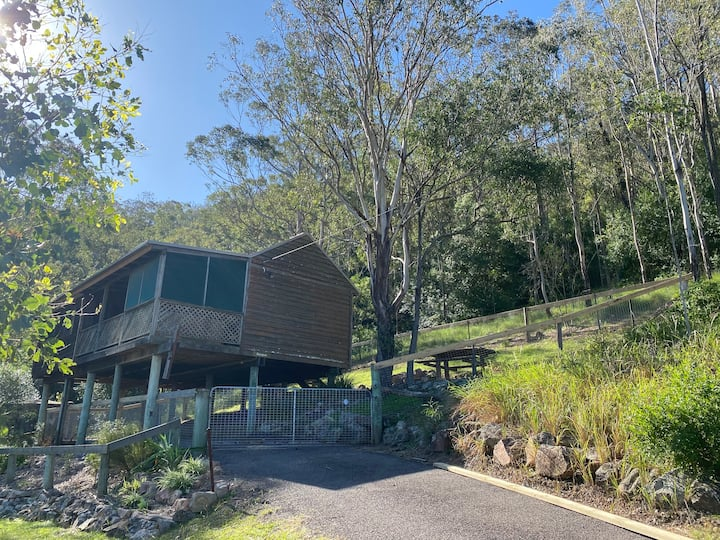 Escape to the Country in Bluegum Cottage