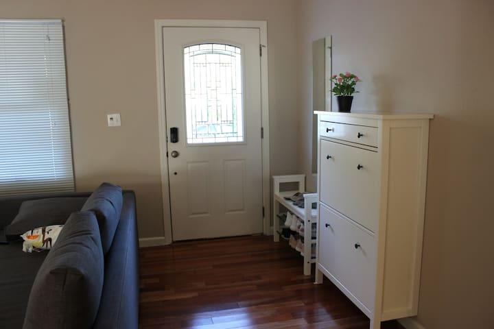 Private 1B1B @Sunnyvale [Excellent Location]