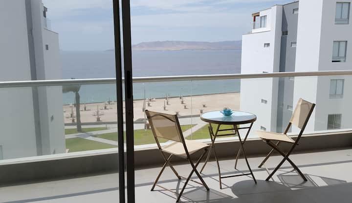 Amplio flat en Paracas con hermosa vista al mar