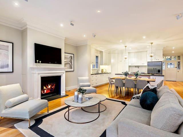 5BR Mod beach house with tennis crt - Hampton - House