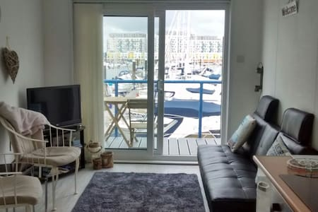 Brighton Marina 1 Bedroom Apartment - Brighton - Altres