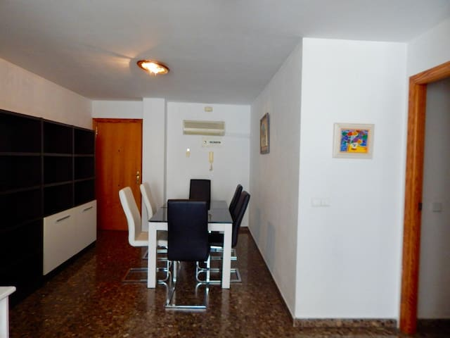 PERFECT APARTAMENT CLOSE TO THE CENTER OF VALENCIA - Montcada - Appartement