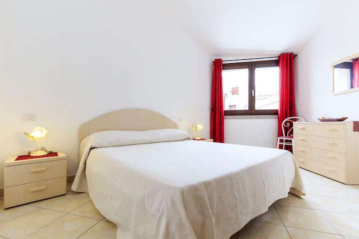 Zentral & ruhig: Hübsche 2-Zimmer-Wohnung in Pula - Пула - Квартира