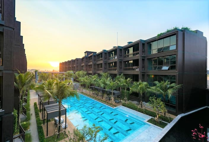 10% Off 1 BDR Top Floor Mountain View at Rawai