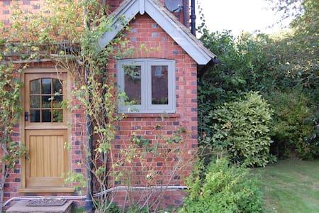 Rural Residence in Rowfant