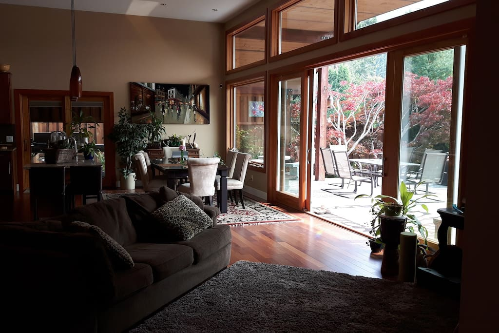 Open concept living space for you to enjoy.