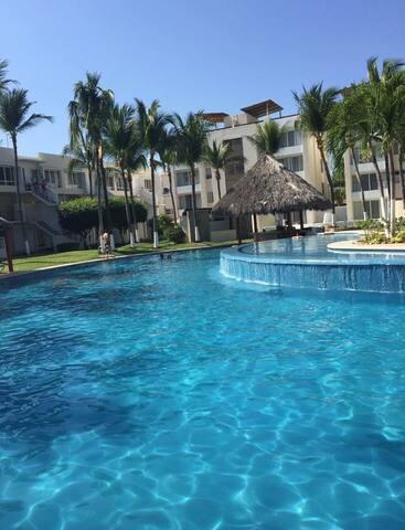 Hermosa Villa en Acapulco Diamante - Acapulco