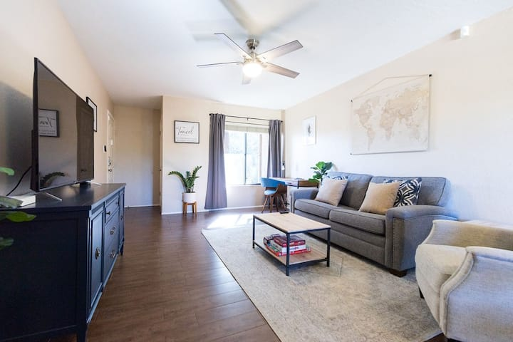 Central Phx | 1 BR Condo | Community Pool