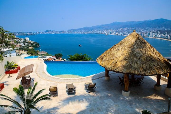 SUNSET PARADISE in Acapulco!!!