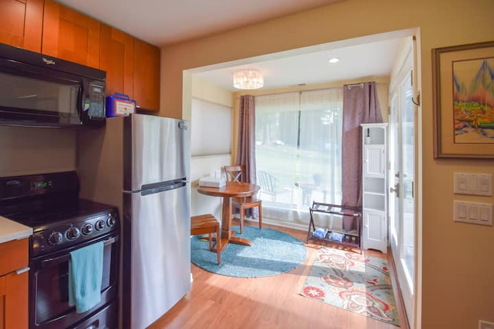Fully Furnished Apt for *1* in Bothell/Seattle A/C