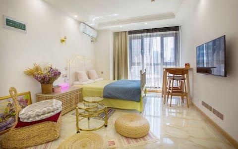 Donggang Zhongshan Square Subway Floor Window · Yanyang · Apartamento estilo nórdico · Quarto para a família (cama extra disponível para faturamento)