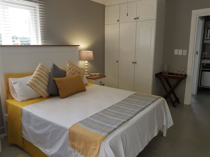 Private room with kitchenette Belvidere Knysna