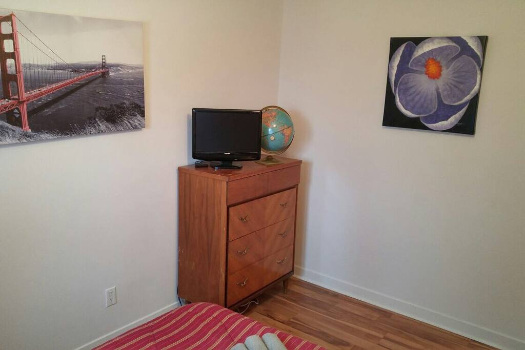 netflix et tv dans la chambre quebec ste foy x townhouses for rent in qu bec city quebec. Black Bedroom Furniture Sets. Home Design Ideas