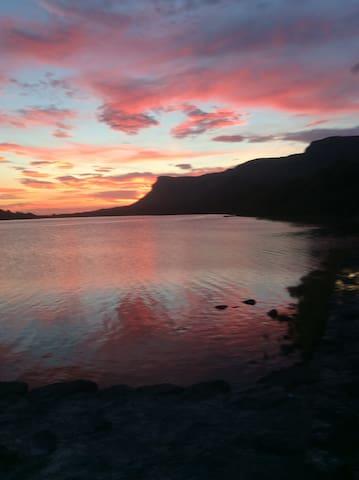 Glencar Valley ,