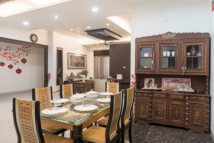 Serene Homestay|WiFi|Homely food|N/r Golden Temple