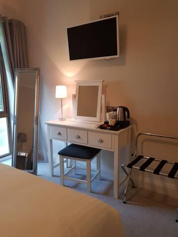 Dressing table/desk area & smart TV