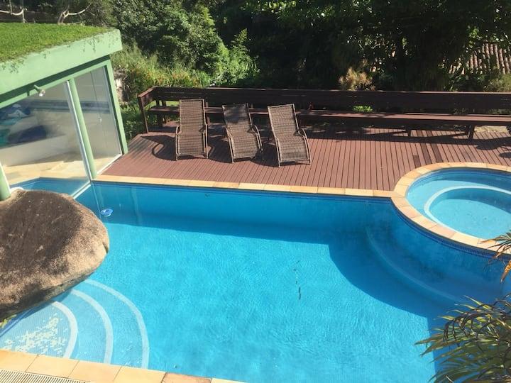 Casa bem agradável no Portogalo - Angra